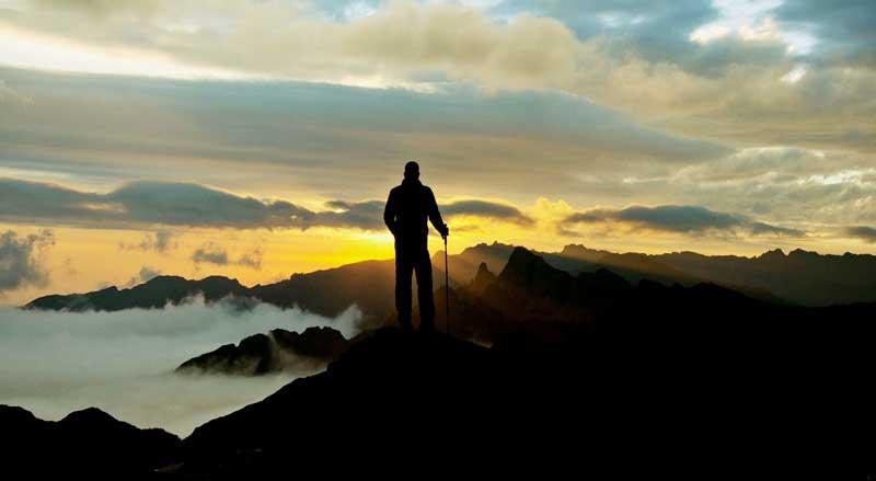 Kumpulan Kata Kata Mutiara Pendaki Gunung Romantis Penuh Motivasi