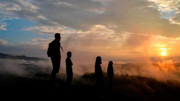 50 Kata Mutiara Senja Hari Yang Indah Untuk Caption