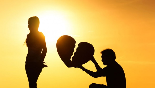 25 Kata Bijak Cinta Tak Terbalas Yang Begitu Mendalam