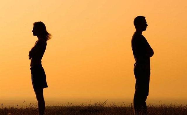 Kata mutiara kecewa dalam pernikahan mendalam